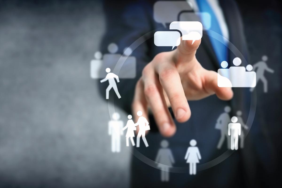 كيف تدفع الناس إلى مشاركة المحتوى الخاص بك على الإنترنت؟
